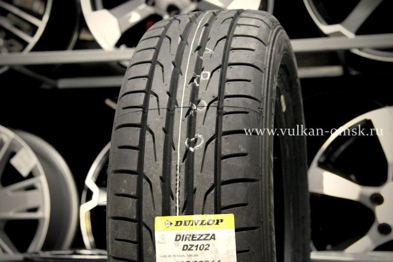 Dunlop DZ-102 215/55 R17 94V