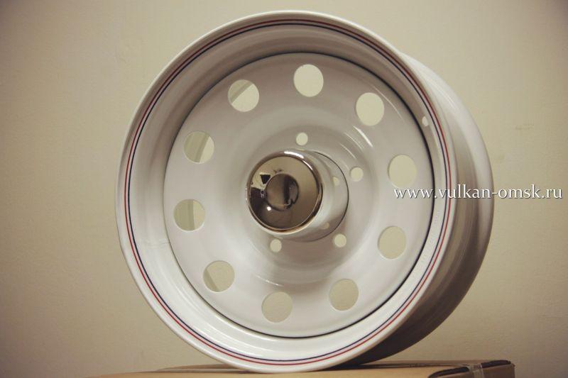Диск Штамп. R15 5*139.7 +0/110.5 J7 Racing белый с колпаком