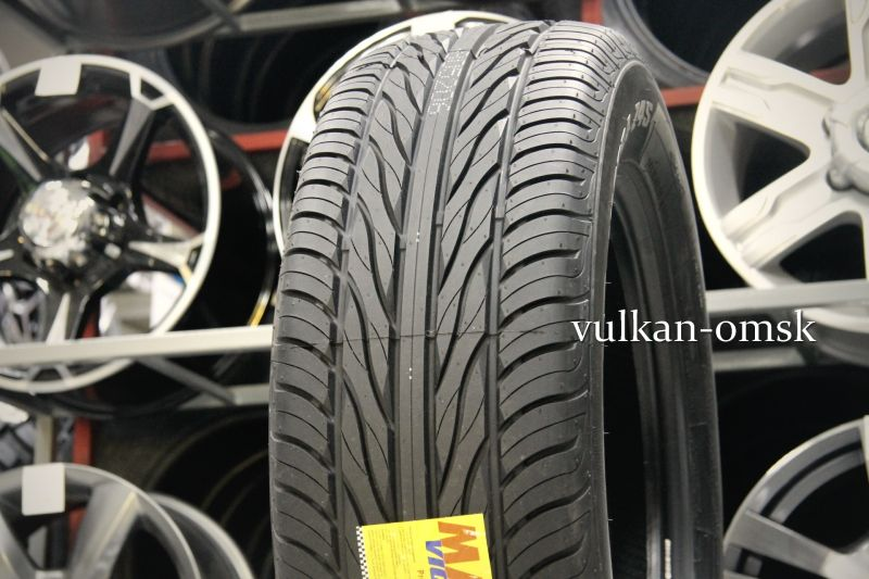 Maxxis MA-Z4S 245/60 R18 105V Victra