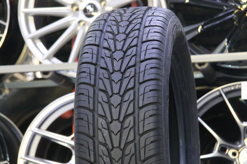 Nexen Roadian HP 255/50 R20 109V