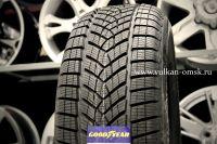 Goodyear Ultra Grip Performance SUV 215/60 R17 96H